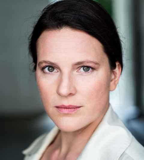 Anne Weinknecht pic 69